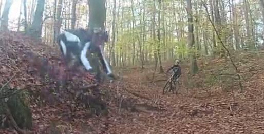 Vidéo sortie VTT en forêt de Chinon (37), magnifique et piégieux pendantl'automne