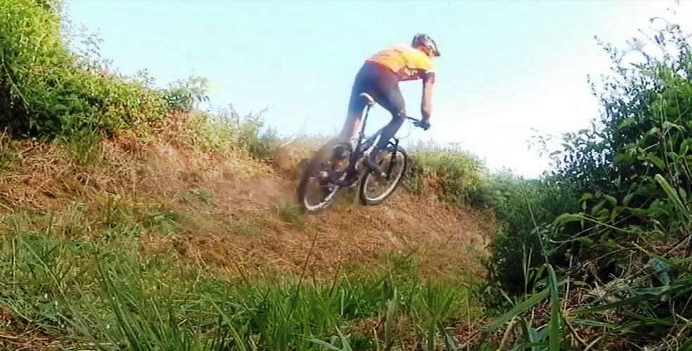 Vidéos extraite du parcours des 3 heures VTT de Mettray (37) près de Tours le 07 juillet2019