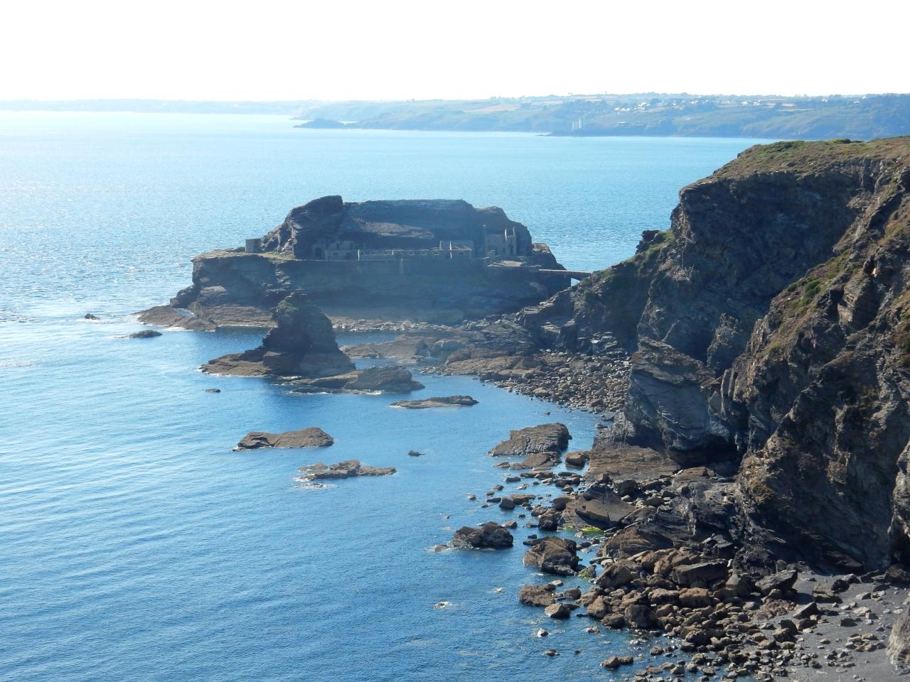 VTT sur les sentiers côtier de la presqu'île de Crozon : pas accessible àtous…