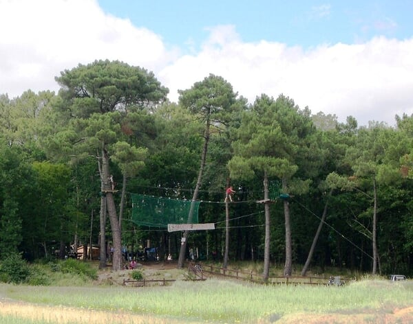 Activités sportives de St benoit-la-forêt au milieu de la forêt deChinon