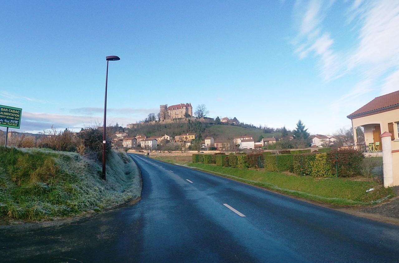 Direction la vallée de l'Allagnon en vélo de Gravel ou route en boucle depuis Brioude(43).